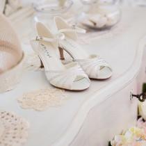 Brautschuhe Findet Die Perfekten Schuhe Fur Die Braut