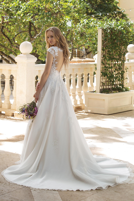 Die Brautkleid Trends Der Sommer Saison 2019