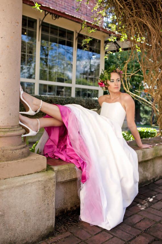 professioneller Verkauf wähle spätestens harmonische Farben Brautkleider mit farbigen Akzenten