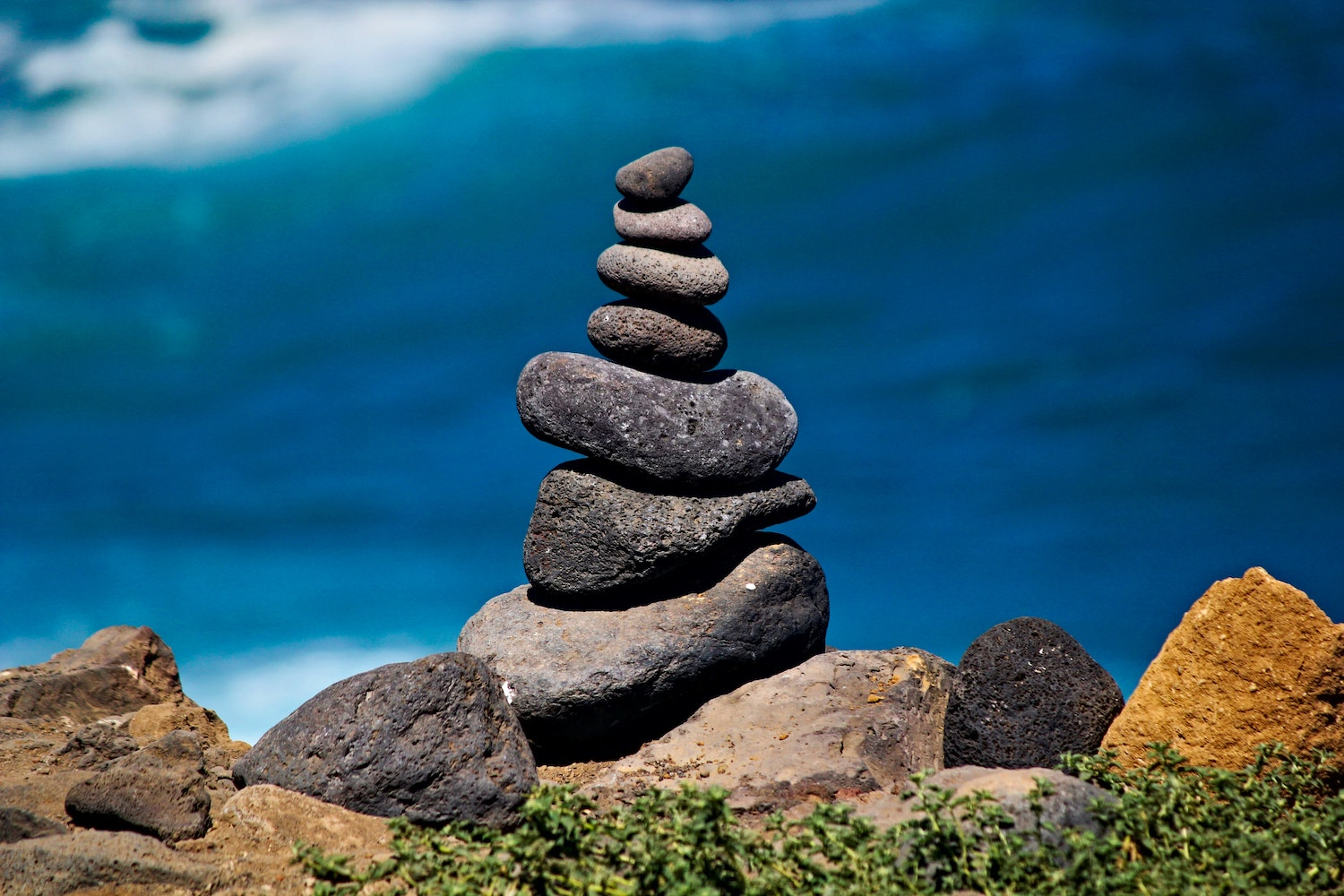 oceanside-stacked-rocks