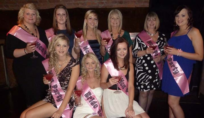 Hen Party Ideas Inviting Guests The Foxy Hen