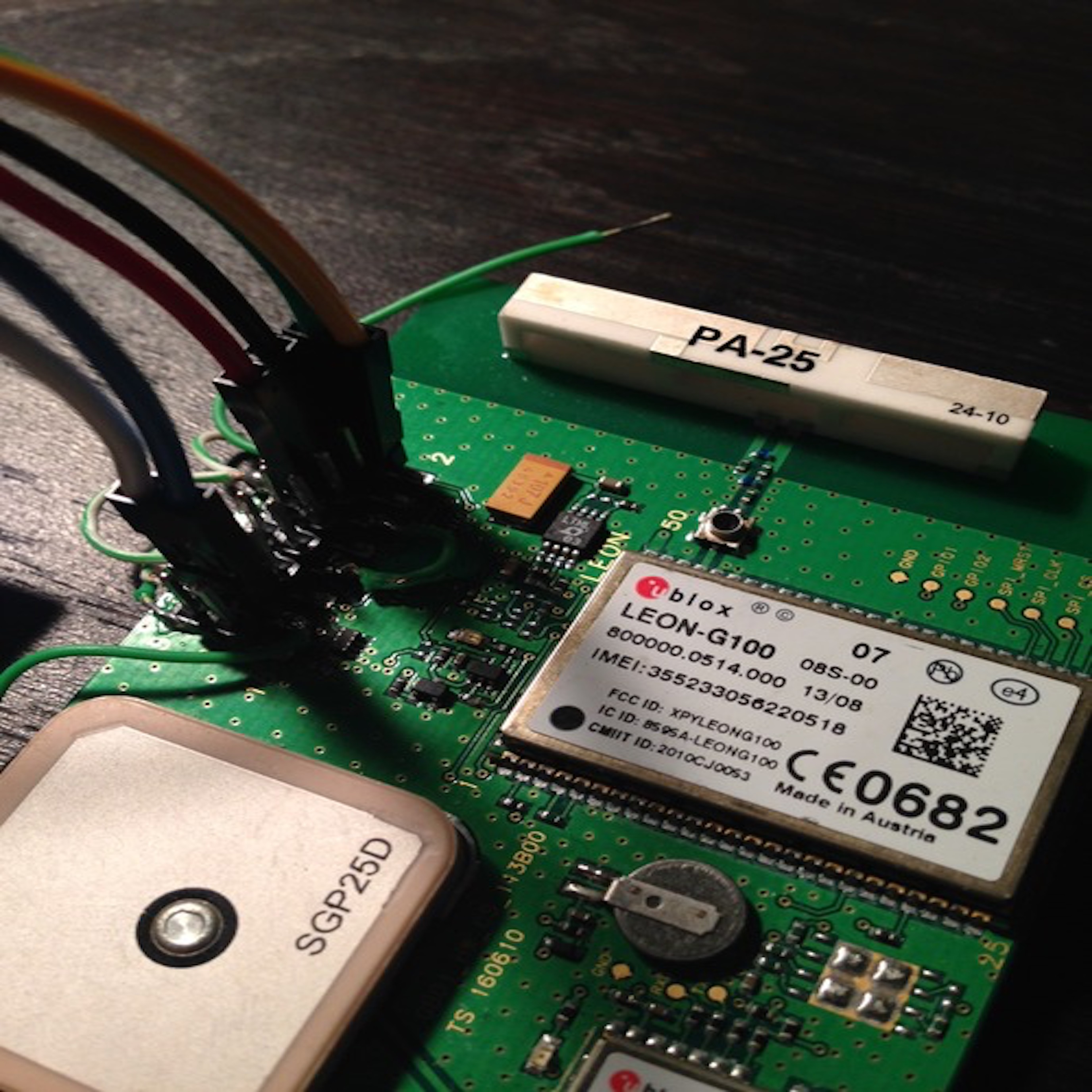 Blog Chips Scout Alarm Pics Photos Electronic Circuit Board Showing Wires And Microchips Green Boards