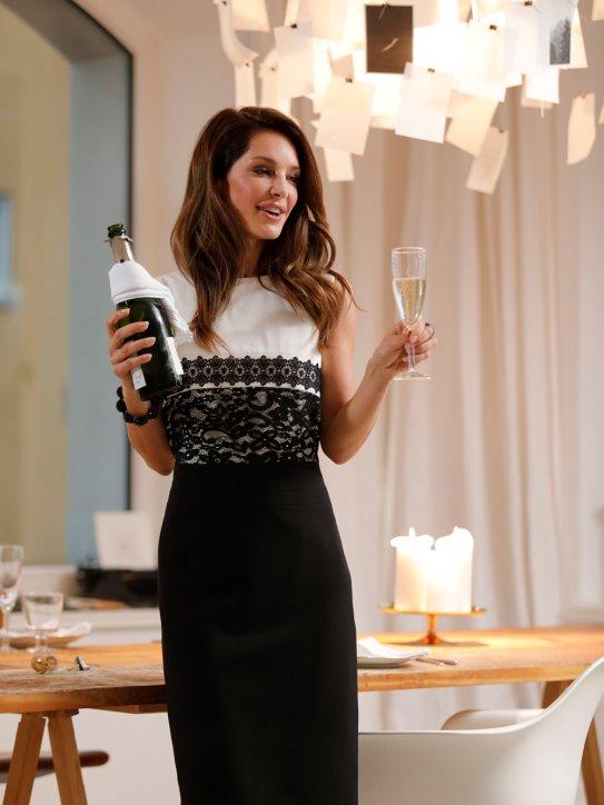 Elegantes schwarz-weißes Kleid für Silvester