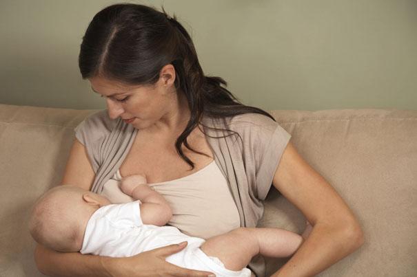 breastfeeding-baby-work