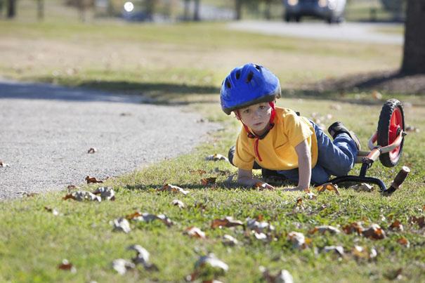 knee-scrapes-cuts-and-bruises-treating-minor-injuries