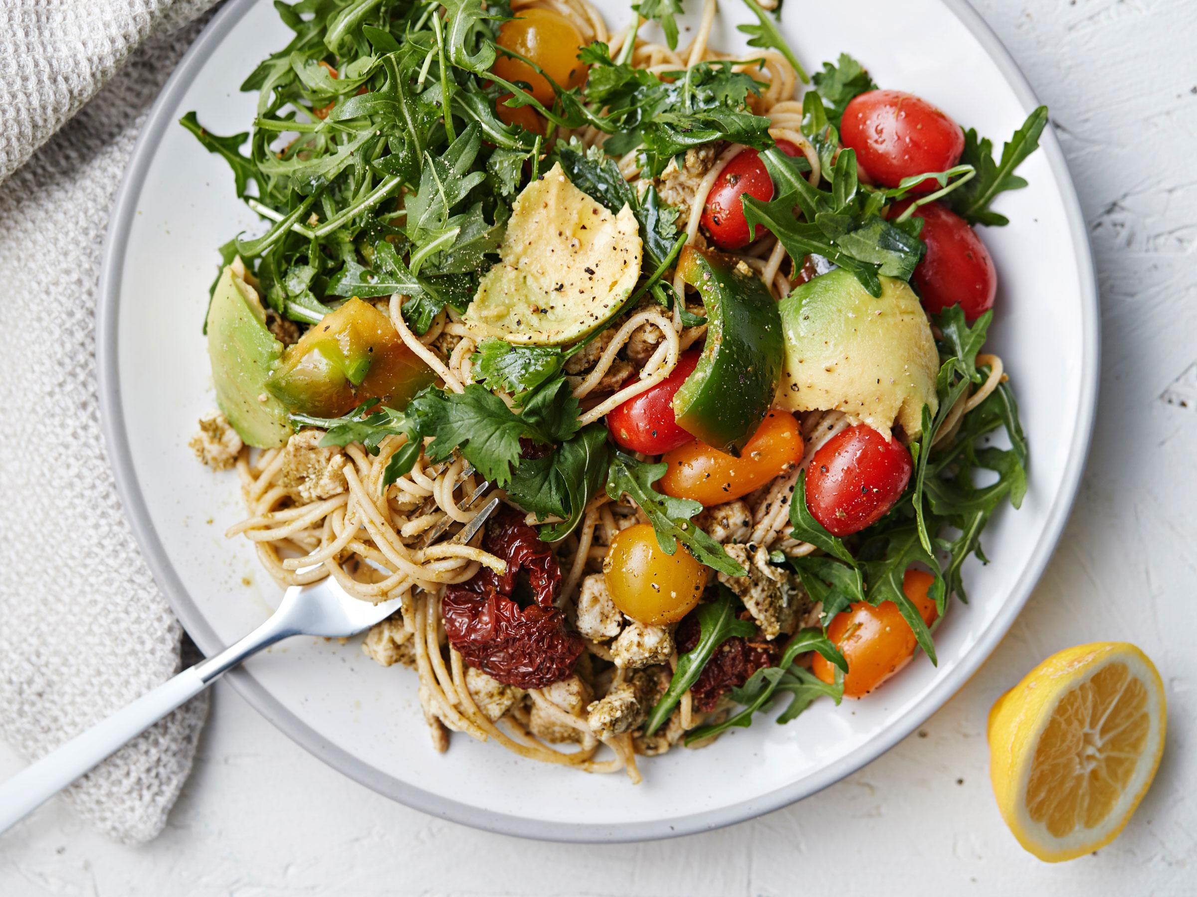 Sitruunainen kana-spagettisalaatti - Reseptit