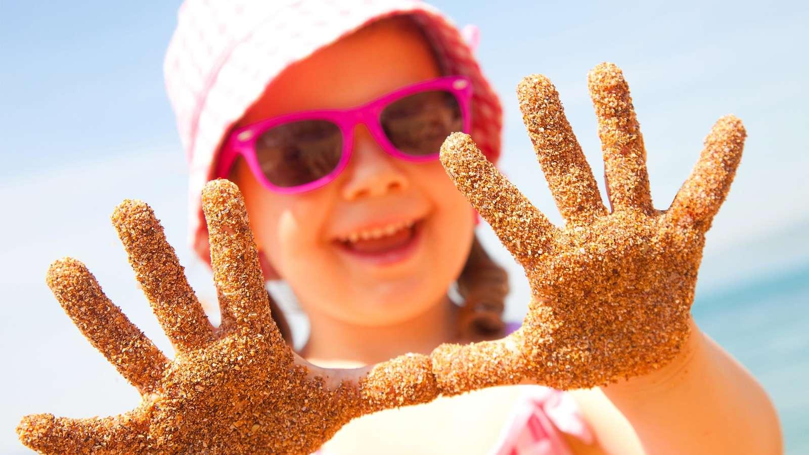 Lapsen suojaaminen auringolta - Yhteishyvä ec6d340abd