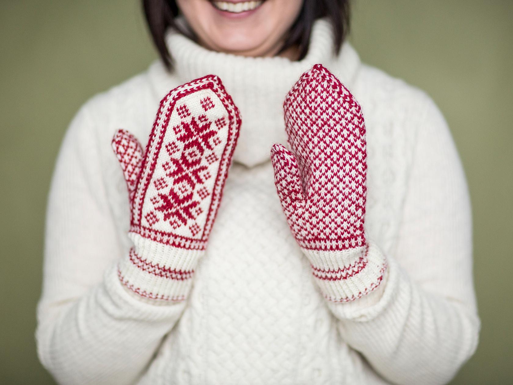 Miten saa hanskat pysymään käsissä 1-vuotialla???