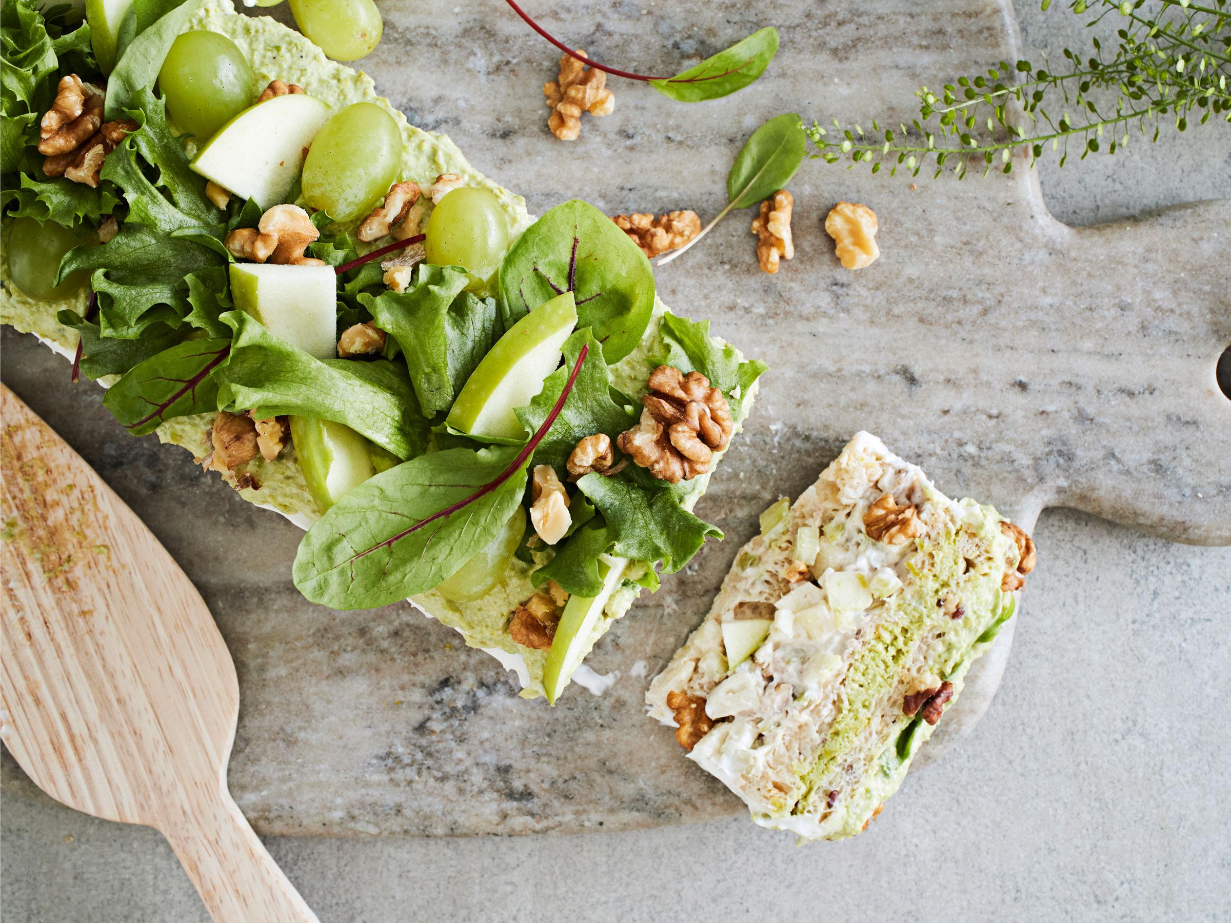 Vegaaninen voileipäkakku - Reseptit