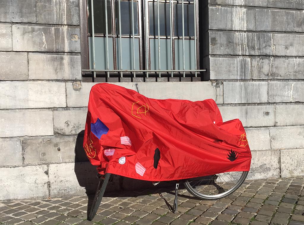8-bike-cover-liege-charlottestuby-2018