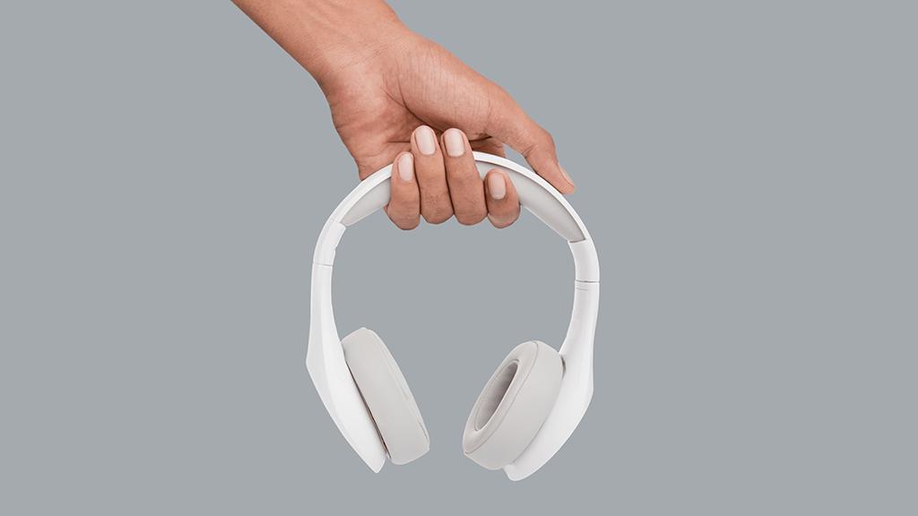 Best noise canceling headphones Asurion