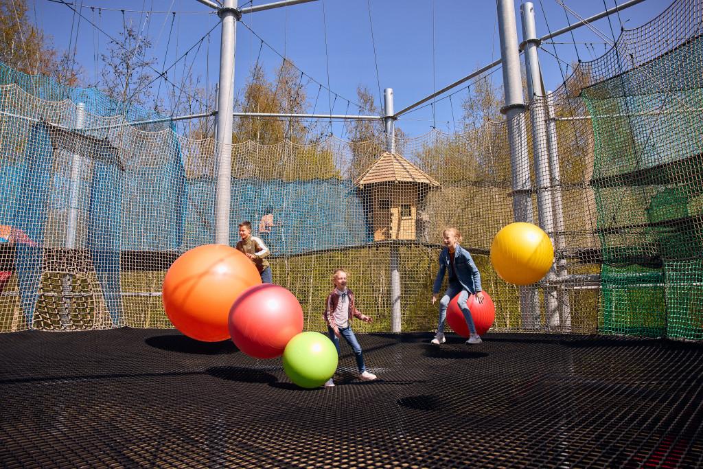Klimrijk brabant netten adventure ballen spelen
