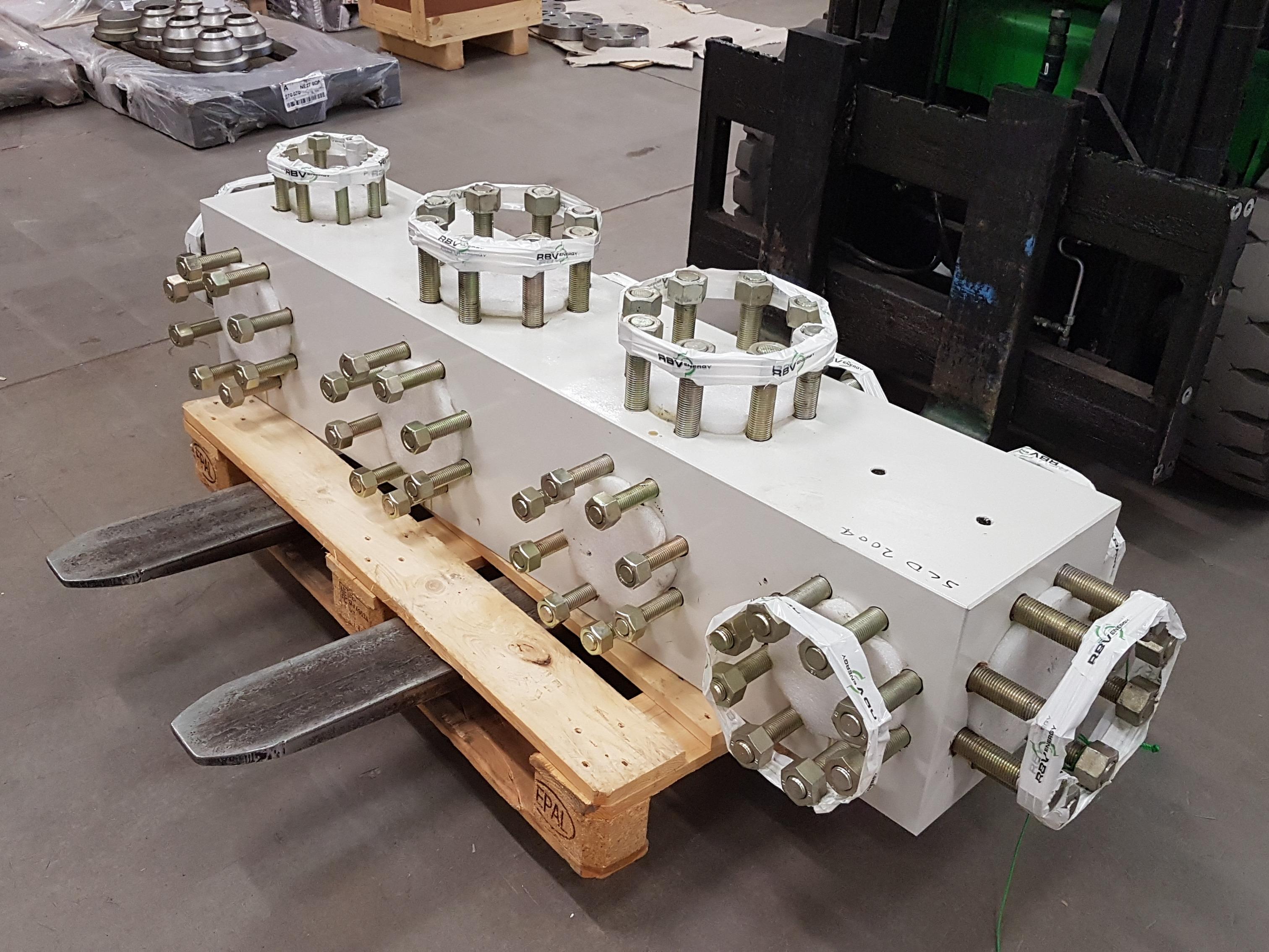 choke manifold buffer block
