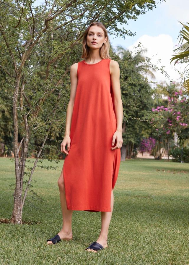 05ce5e848c Woman in Blood Orange Cuyana Dress