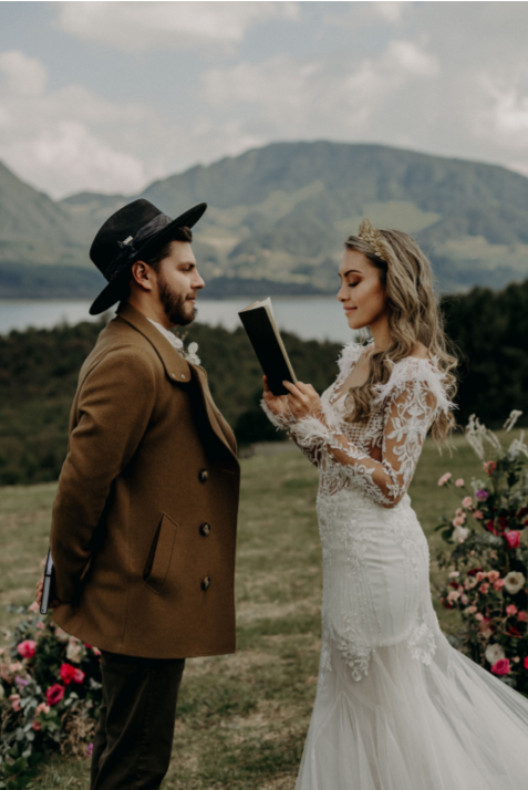 Couple exchanging their vows during elopement