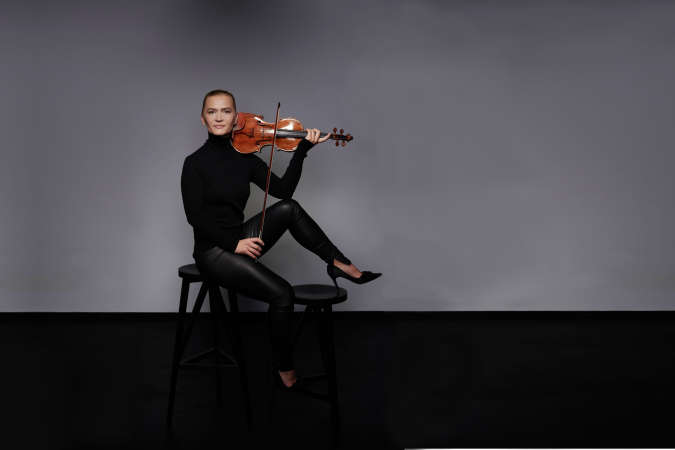 Columbia Artists Welcomes Violinist Mari Samuelsen