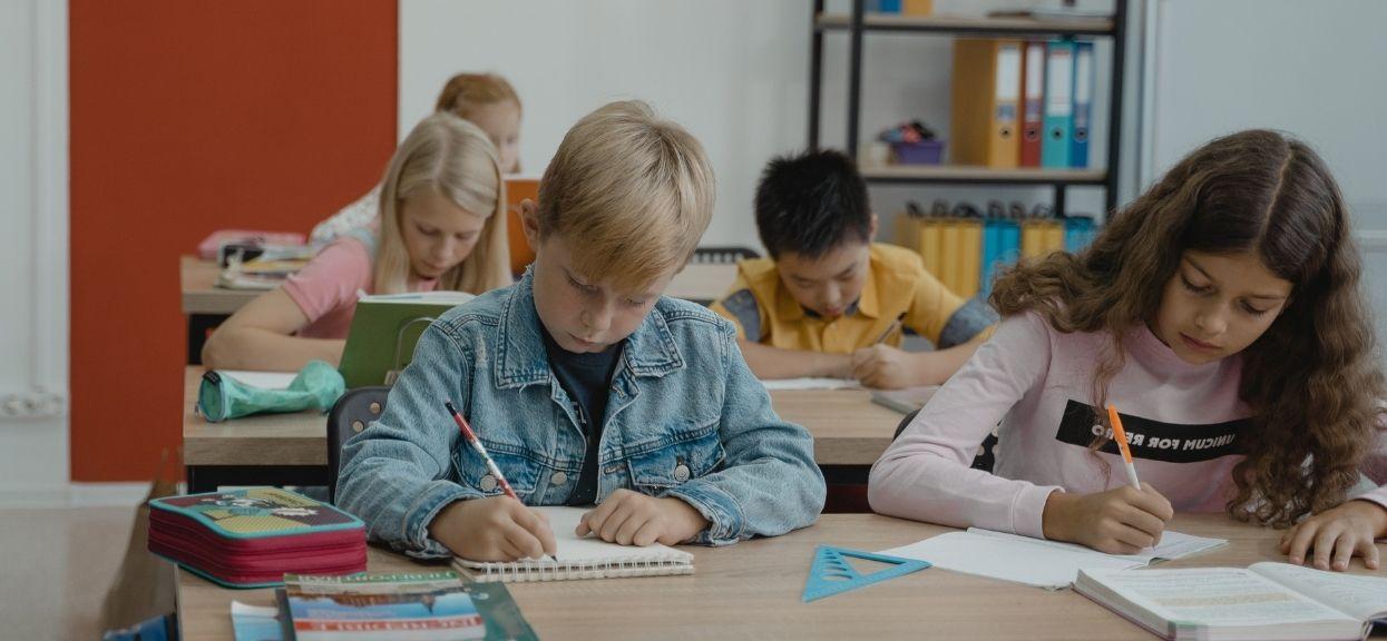 Minister edukacji o powrocie dzieci do szkół