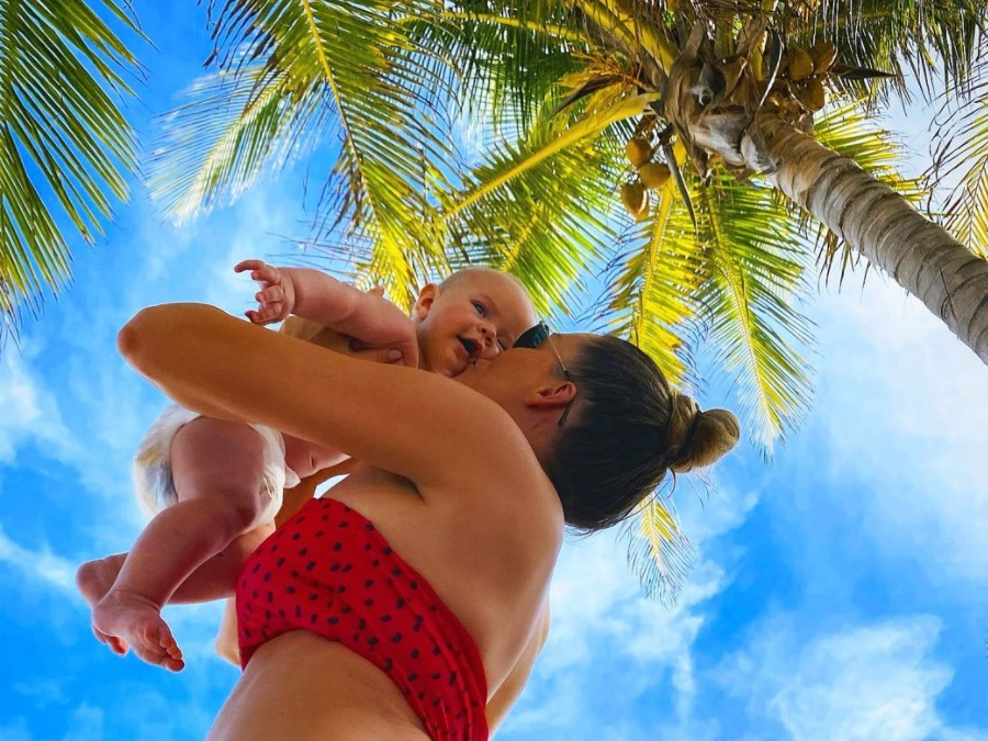 Małgorzata Rozenek i dziecko