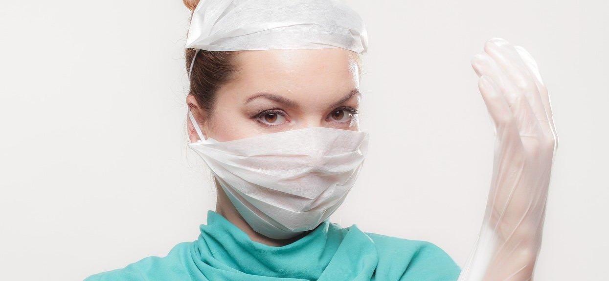 Pielęgniarka: ostrzega przed orzeszkami