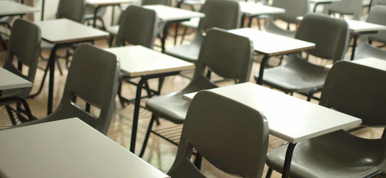 Szkoła: Adam niedzieslki o obostrzeniach