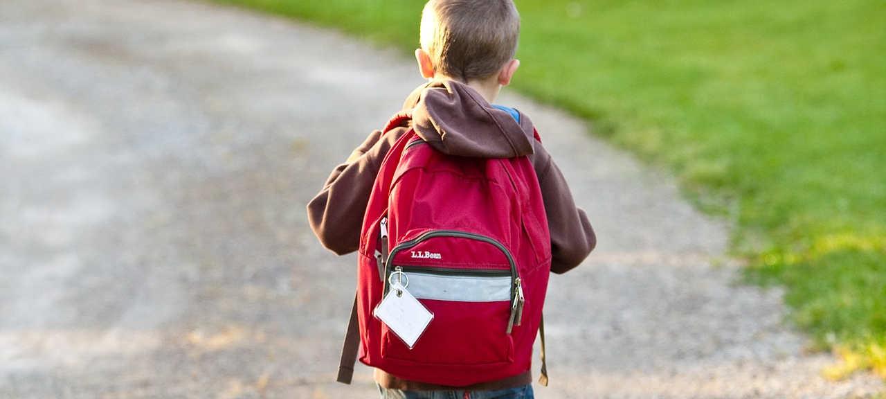 Plecak: zbyt ciężki dla ucznia