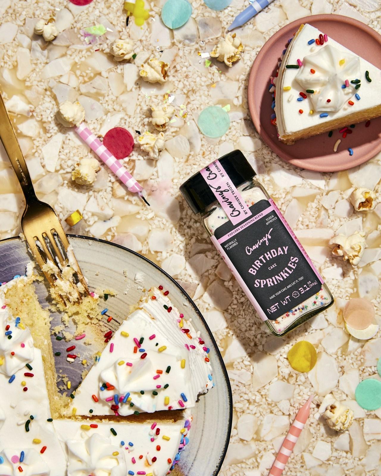 CRAVINGS POPCORN SPICE-BIRTHDAY-CAKE
