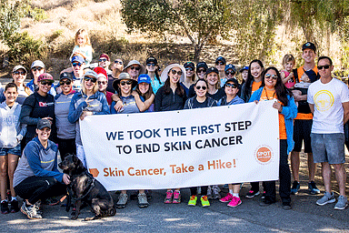 Group of AAD's Skin Cancer, Take a Hike!™ participants