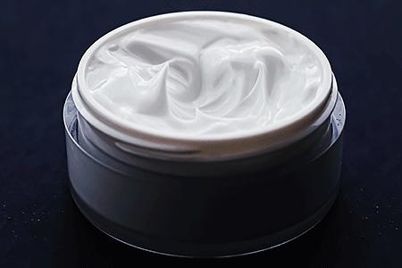 Jar of retinoid cream