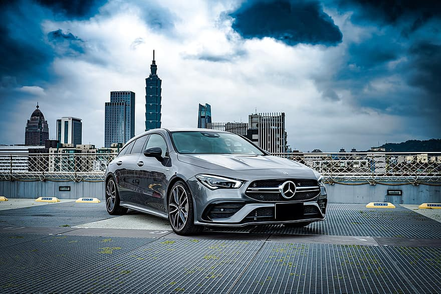 Mercedes benz CLA shooting break