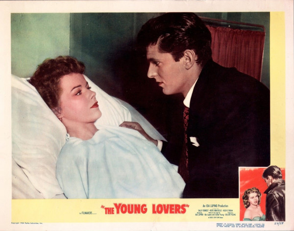 020-Young Lovers-lobby