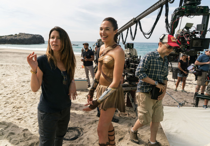 Wonder-Woman-48-director-Patty-Jenkins-and-Gal-Gadot