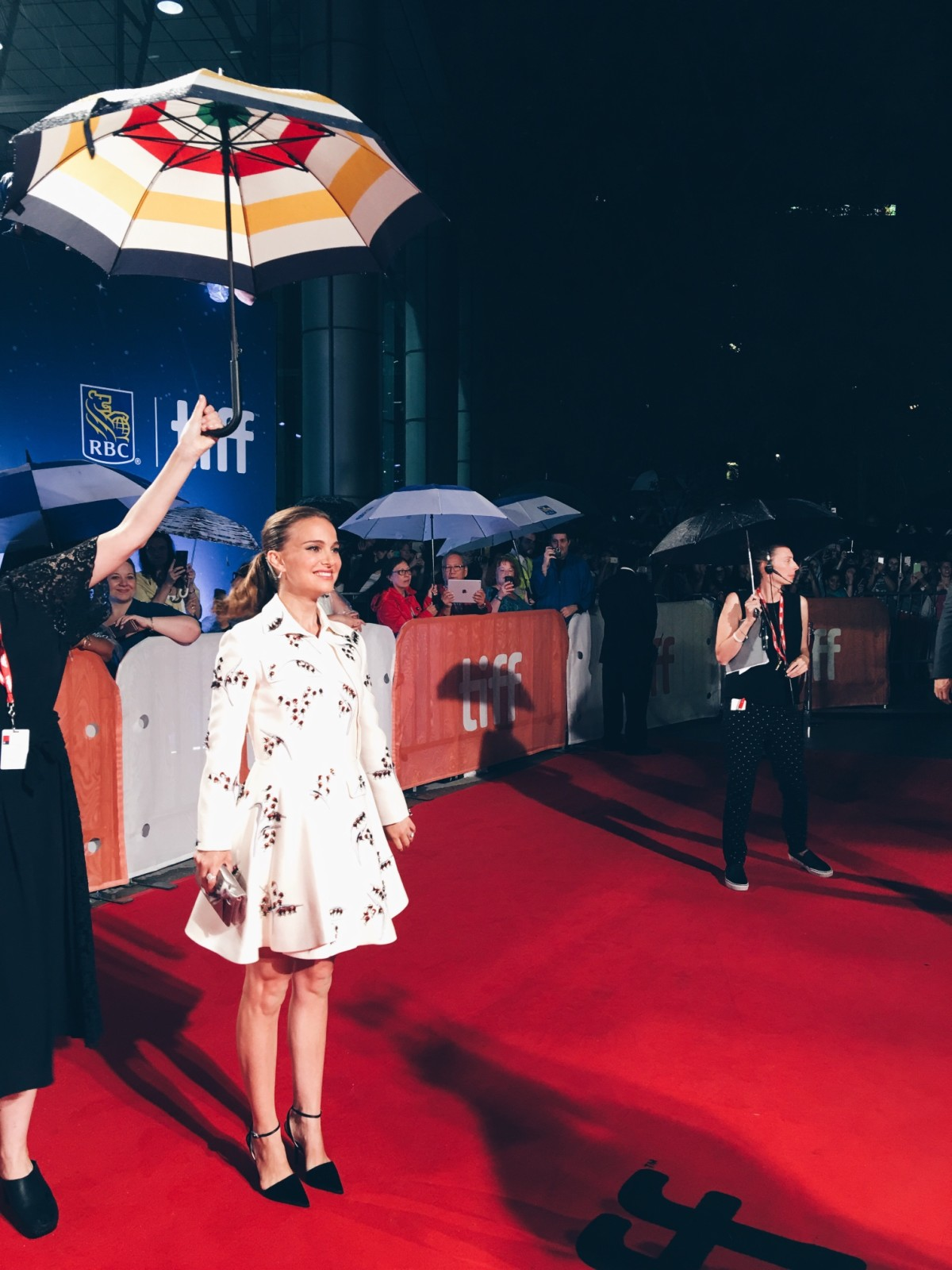 Natalie Portman - Planetarium red carpet