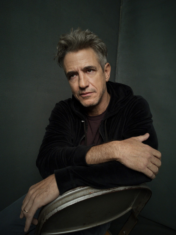 PORTRAIT STUDIO HOMECOMING Dermot Mulroney