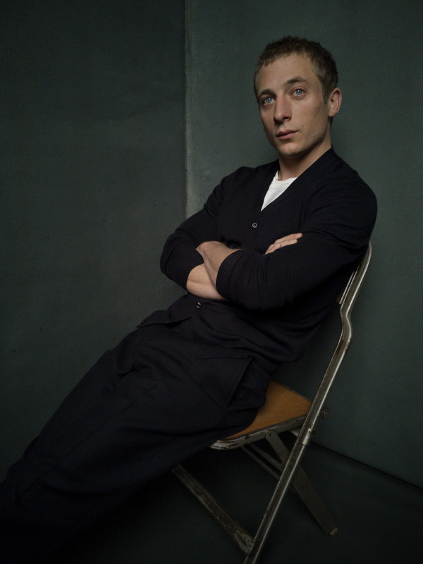 PORTRAIT STUDIO HOMECOMING Jeremy Allen White