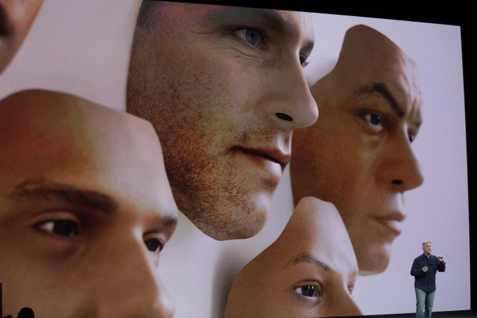 Apple presenting 3D facial recognition for FaceID