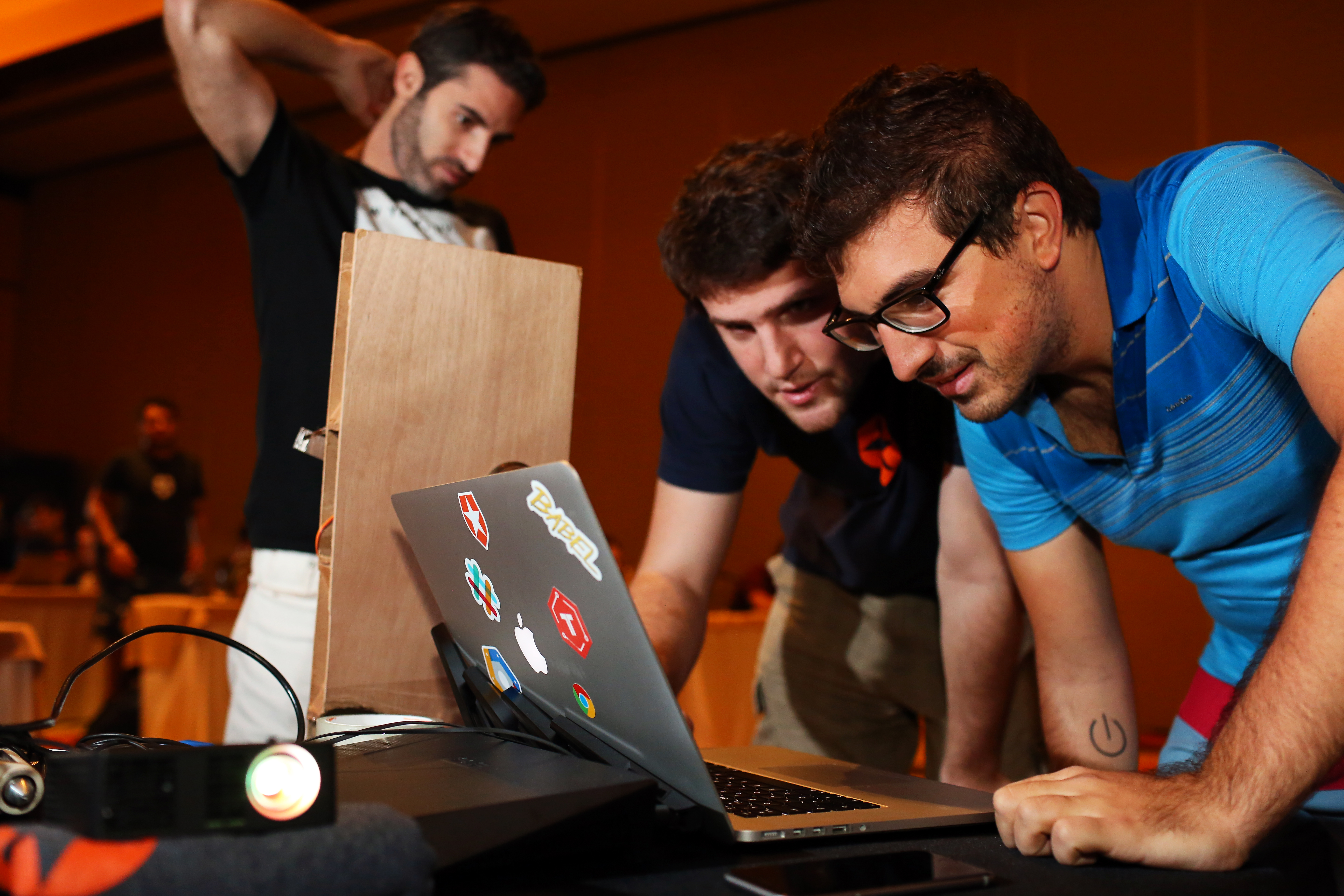 """Martin """"Gonto"""" Gontovnikas leading a hackathon activity during Auth0 company offsite"""