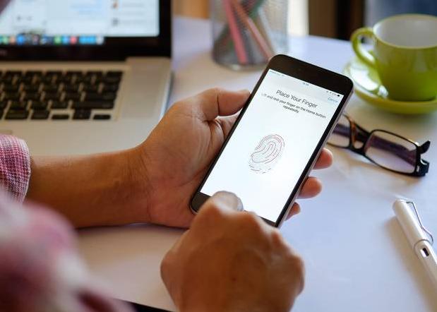 Passwordless login with biometric fingerprint TouchID