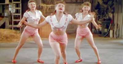 These Crazy Sisters Sing About Potato Salad for a Minute. Then Things Get REALLY Bizarre.