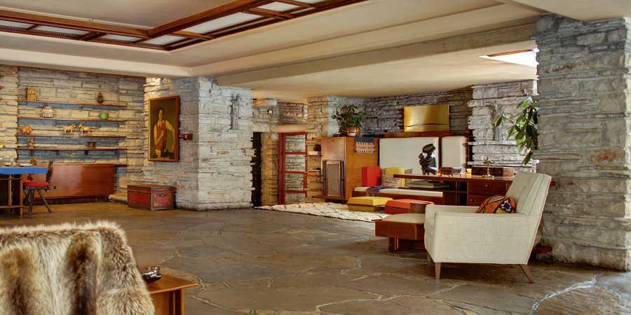 Step Inside Architect Frank Lloyd Wright S Fallingwater
