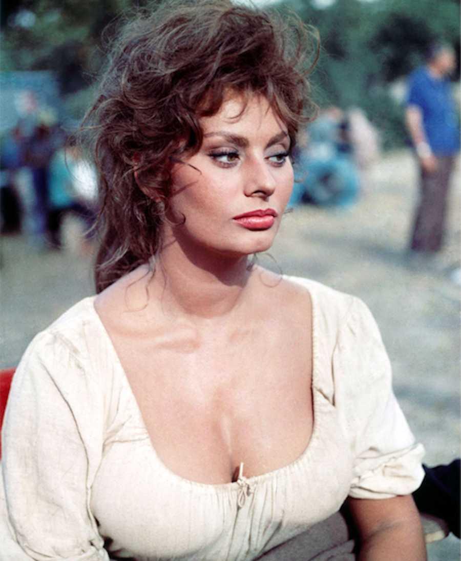 She Valued Motherhood Over Stardom | Sophia Loren: A Life ...