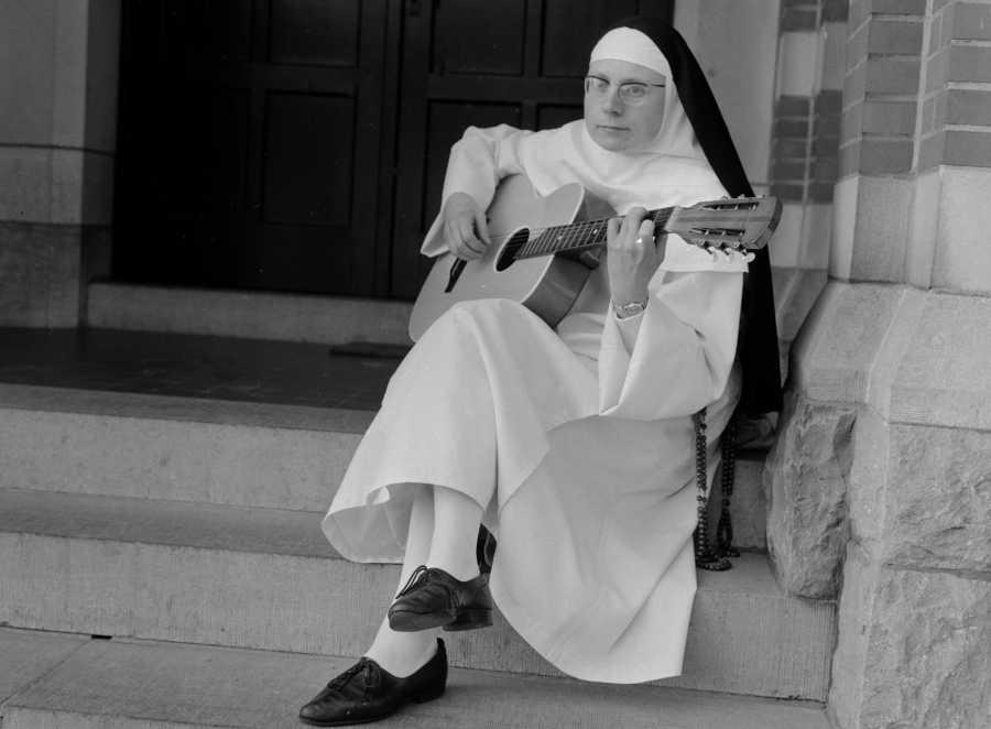"Dominique"" — The Singing Nun | 40 Unforgettable One-Hit Wonders | Purple  Clover"