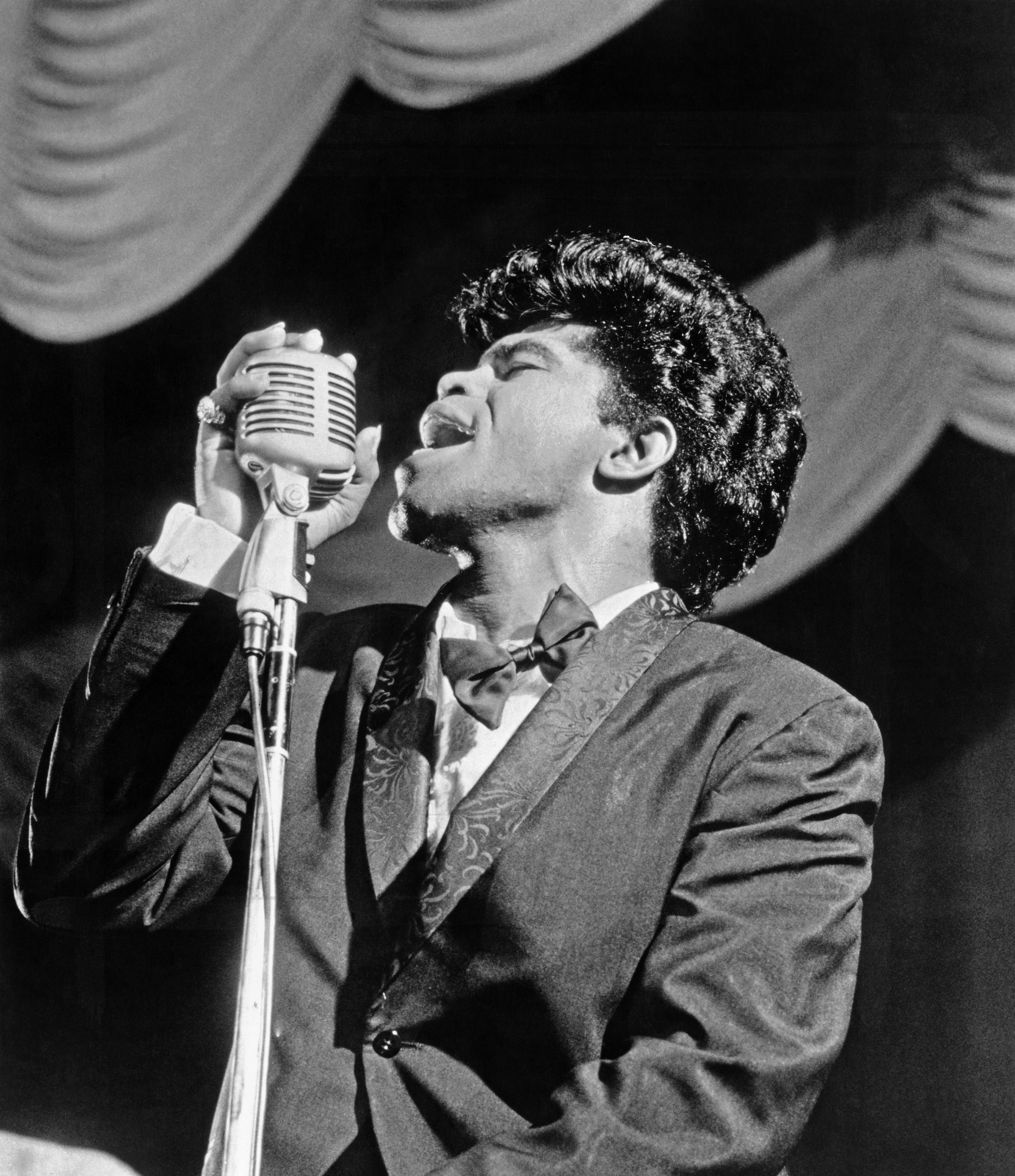 James brown finally buried for now at least naked (82 pics)