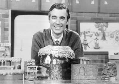 20 Essential Life Lessons We Learned From Mister Rogers