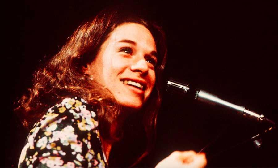 20 Essential Songs by Women Singer-Songwriters | Purple Clover