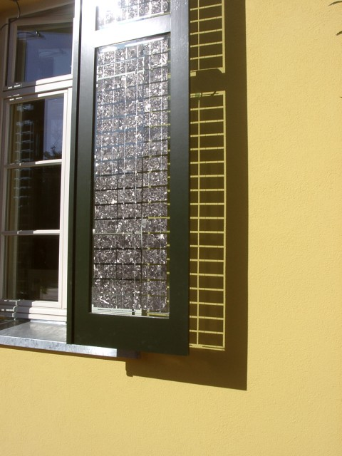 Solar Center MV Detail Shadow
