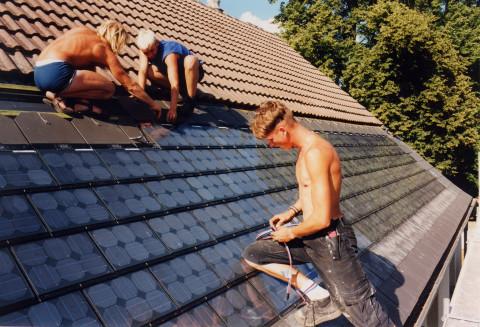 Installing Sunslates at Horno