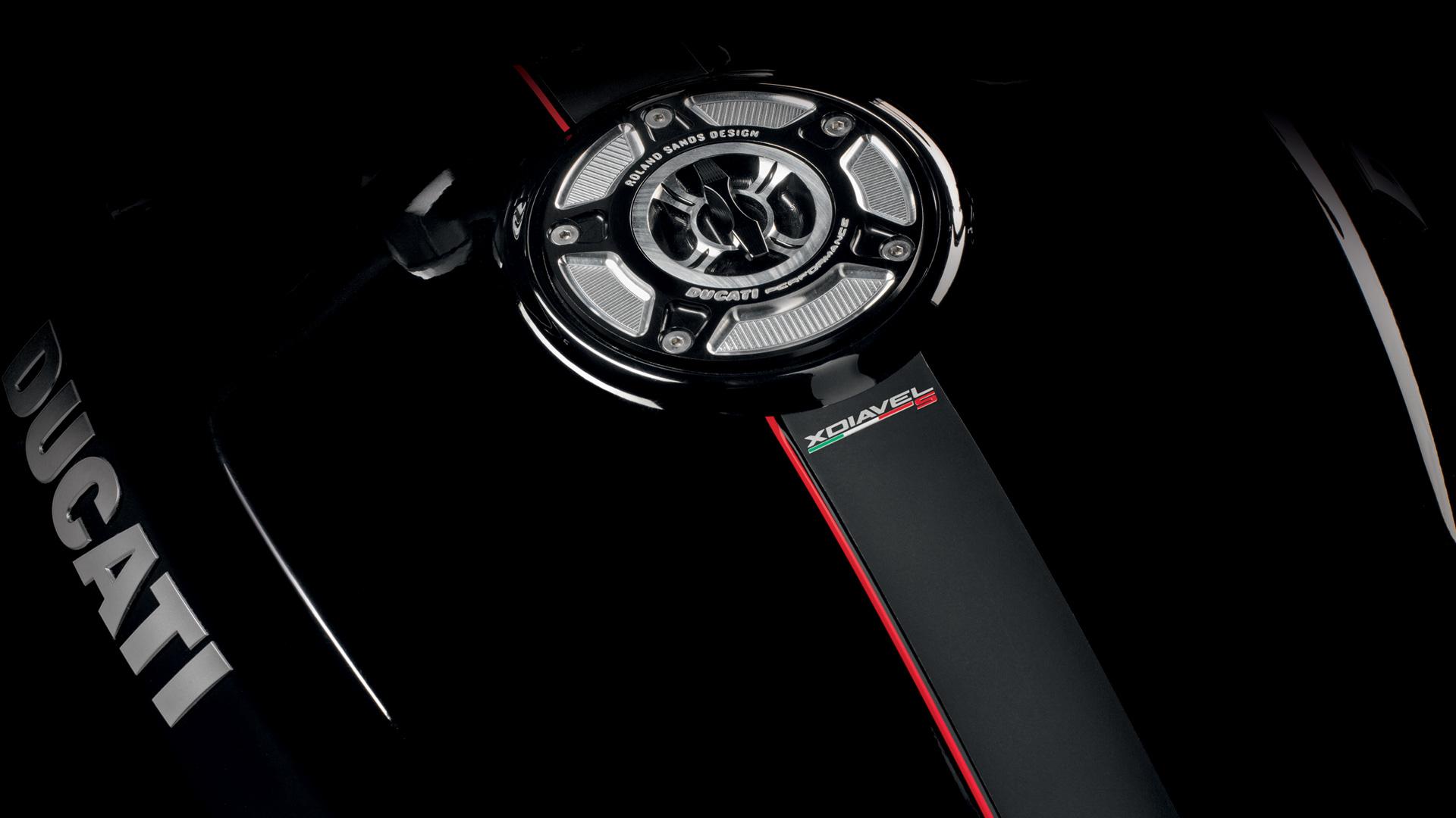 Ducati Monster Aftermarket Fuel Tank