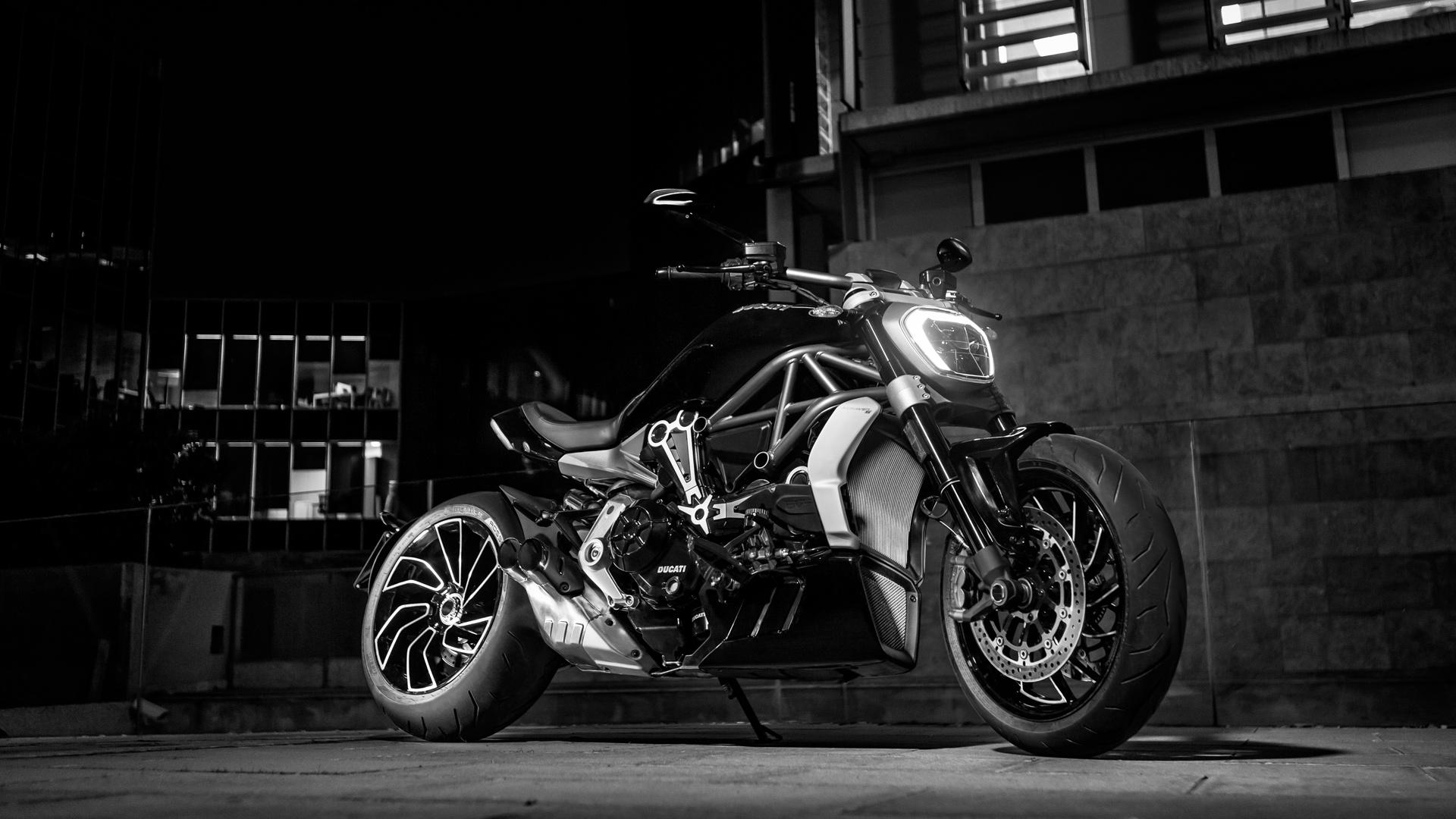 Ducati XDiavel Unique Sport Cruiser Bikes