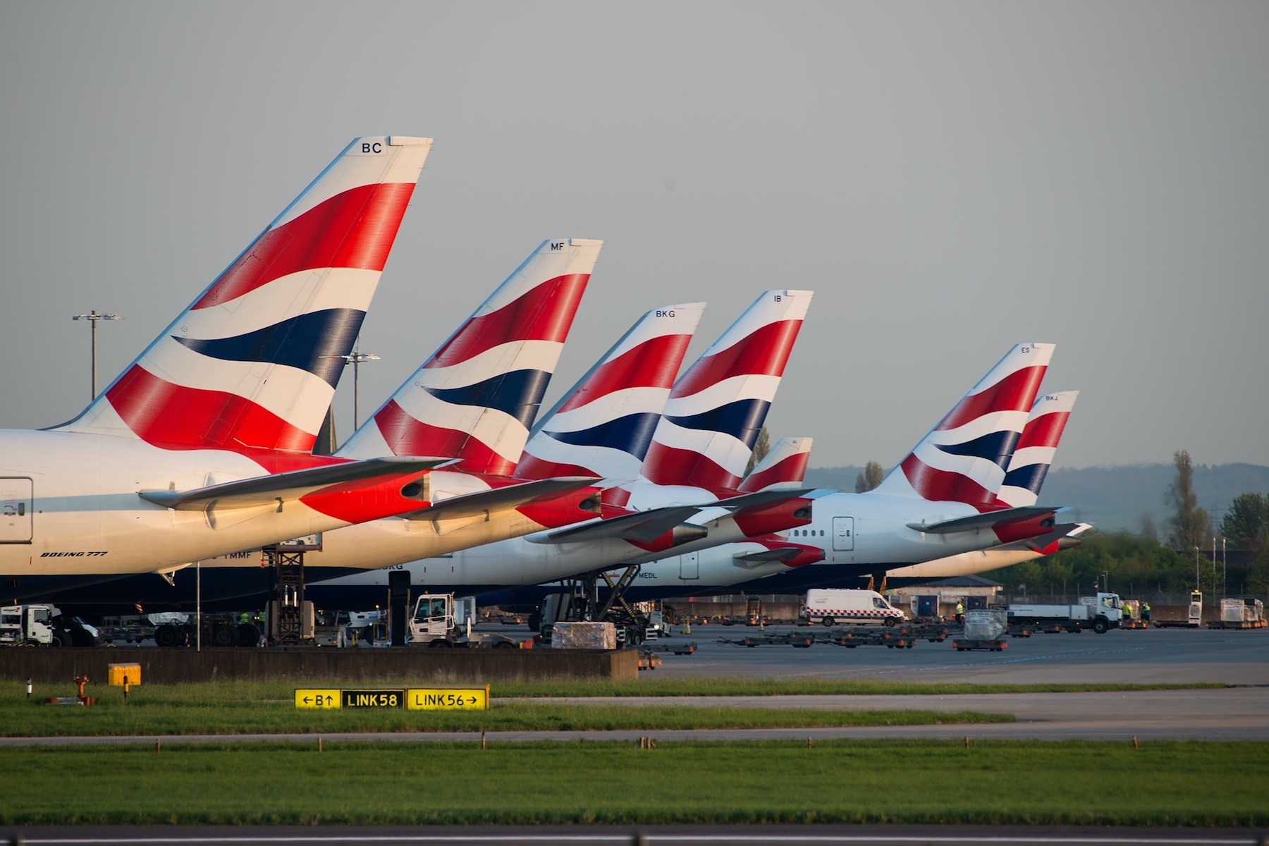 british-airways-3478771 1920