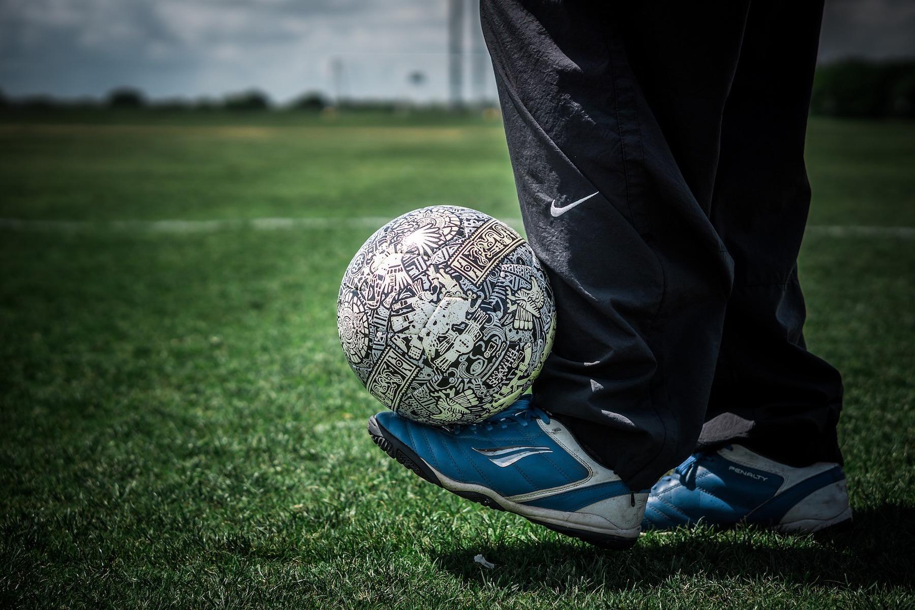 soccer-5065616 1920